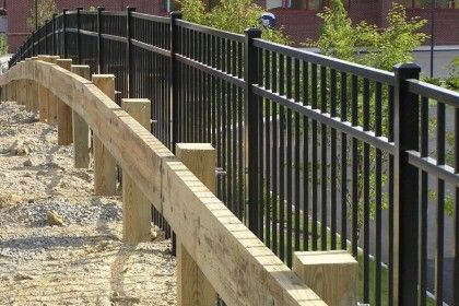 5 Ways Commercial Fencing Can Benefit Any Property