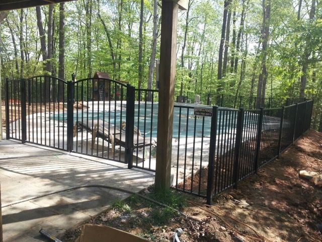 Keep Your Pool Clean with the Addition of a Pool Fence | Fairfax, VA