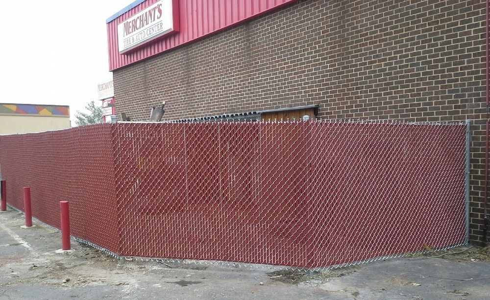 5 Ways to to Create a Custom Chain Link Fence