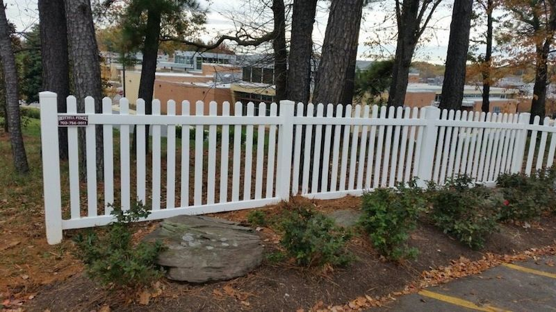 Why Vinyl Privacy Fence is the Fence for You