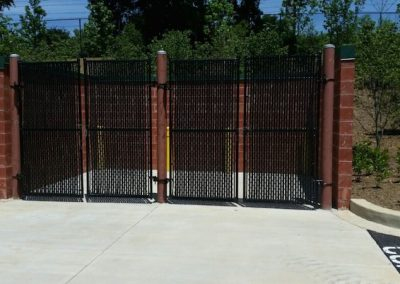 8' Black Chain Link Dumpster Gate with Black Privacy Slats