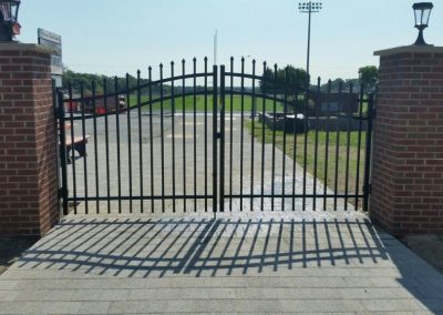 new-estate-gate-installed-at-local-prince-william-county-high-school