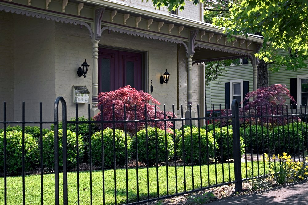 What Does a Wrought Iron Fence Cost?